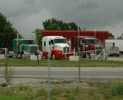 Some lovely looking American trucks. Missouri (2007)
