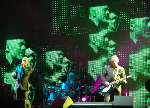 Lots of green Michael Stipe faces. Manchester (2008)