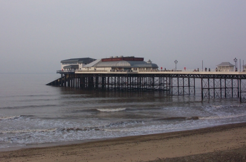The pier on a nice, but slightly cloudy day, Cromer (2006)