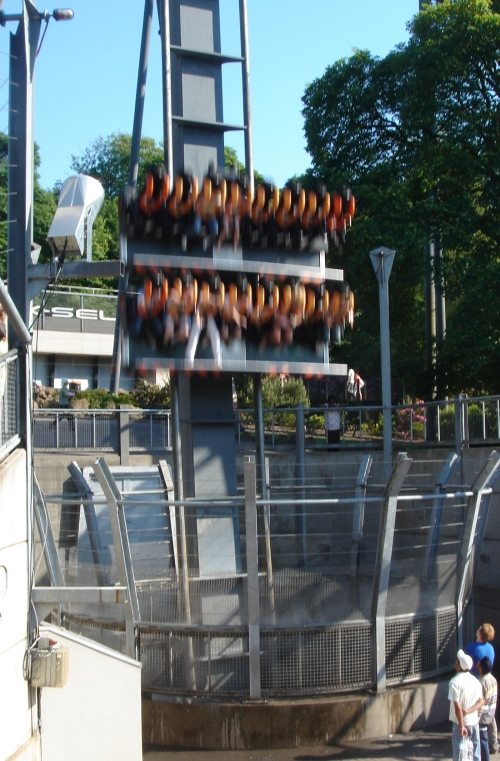 The Oblivion ride, woooooosh, Alton Towers (2006)