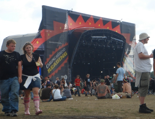 The main stage before the bands are yet to arrive, Reading (2006)
