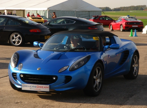 A Lotus Elise, made in Norfolk, like so many good things… Bootiful… Bruntingthorpe proving ground (2006)