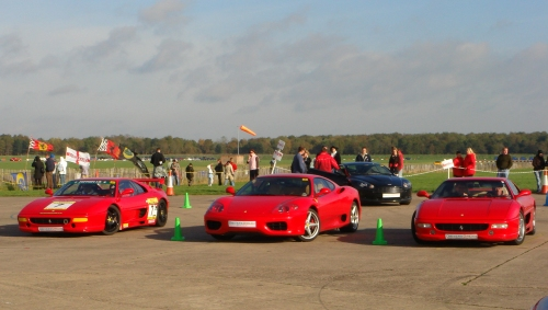 A selection of red Ferraris, Bruntingthorpe proving ground (2006)