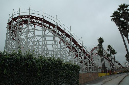 A good old fashioned rollercoaster, one of the most popular rides. Santa Cruz (2007)