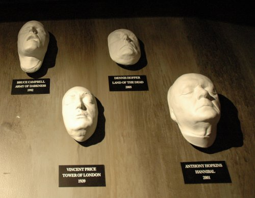 Face casts of famous movie stars, used in some famous movies. Los Angeles (2007)