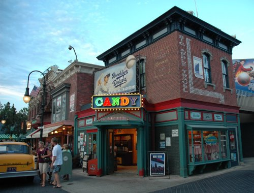 A pretty looking Candy store. Los Angeles (2007)
