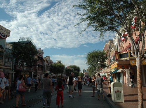 One of the main streets in the Disneyland theme park. Los Angeles (2007)