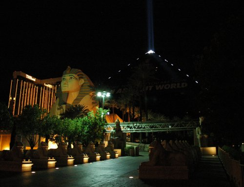 A big black pyramid with a beam of light shining into the sky. Las Vegas (2007)