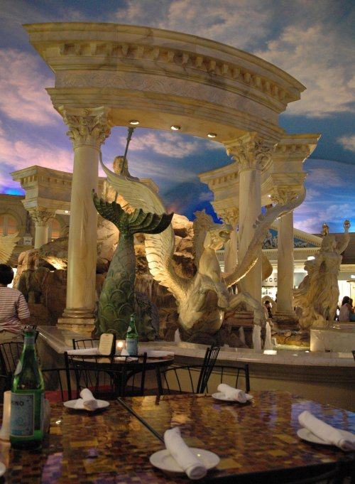 Waiting for our meal to arrive at a restaurant inside Caesars Palace. Nice air-conditioning. Las Vegas (2007)