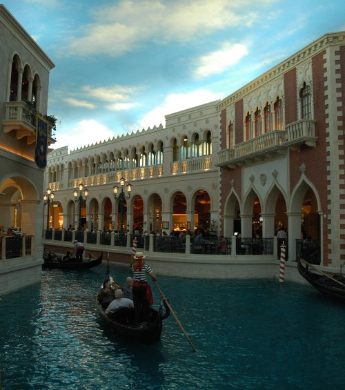 The inside of the Venetian hotel and casino. Daytime inside, night time outside. Las Vegas (2007)