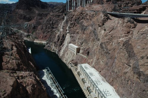 The Hoover Dam looks very complicated, not sure what it's all about. Nevada/Arizona (2007)