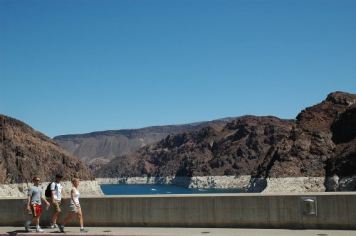 The other side of the Hoover Dam. There were quite a few people there… but it wasn't crowded. Nevada/Arizona (2007)
