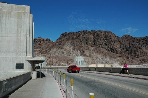 Walking across the Hoover Dam. This side is in Arizona, the other side of the road is in Nevada. Nevada/Arizona (2007)
