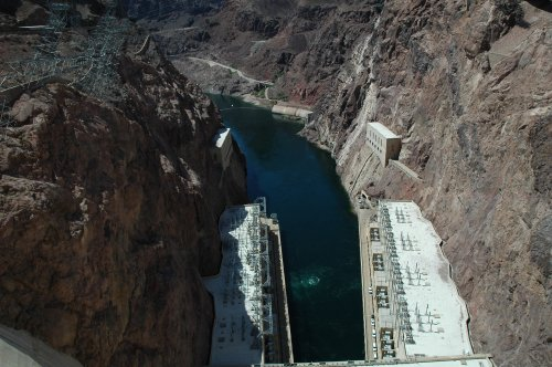 You can't have enough photos of this wonder of engineering that is the Hoover Dam. Nevada/Arizona (2007)