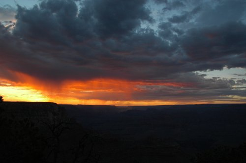 Photo #784b of the sun going down over the Grand Canyon. Arizona (2007)