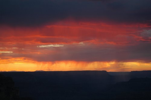 Photo #784c of the sun going down over the Grand Canyon. Arizona (2007)