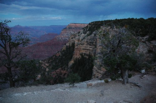 The sun has gone down over the Grand Canyon, time to find a hotel and somewhere to eat. Arizona (2007)