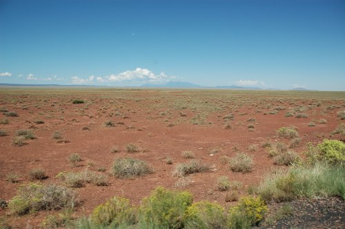There's a lot of desert in the western US, this was taken on our way to Meteor Crater. Arizona (2007)