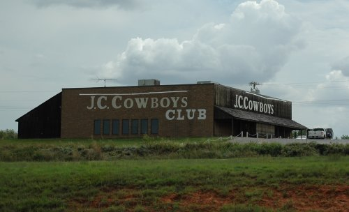 A club specifically for Cowboys, yee-ha! Oklahoma (2007)